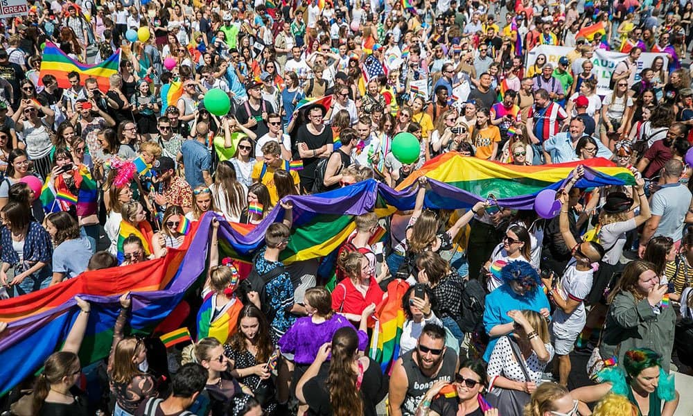 Diversifying gay travel: lithuania